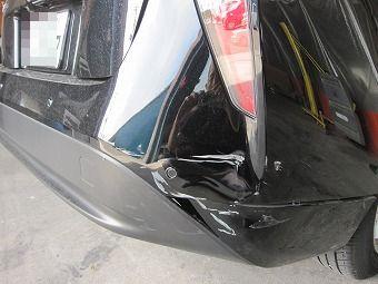 リアバンパーの修理